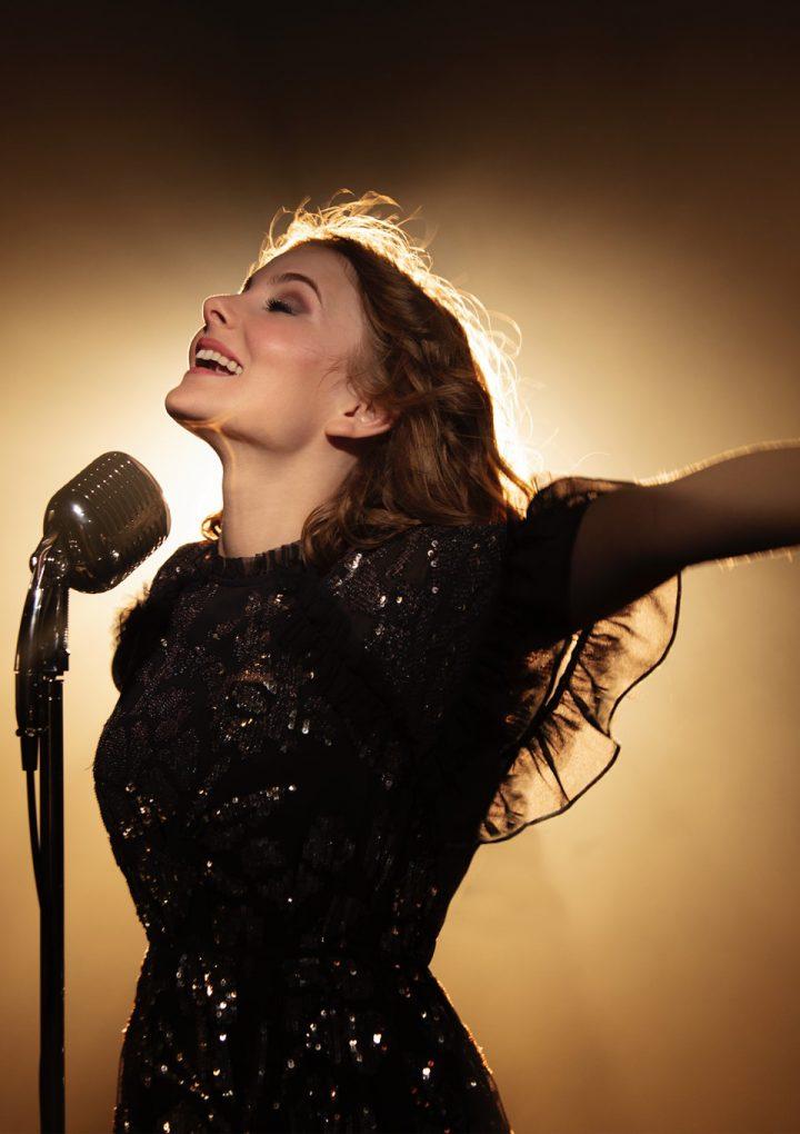«Enchantée»: Un brillante debut de la joven Marie Oppert